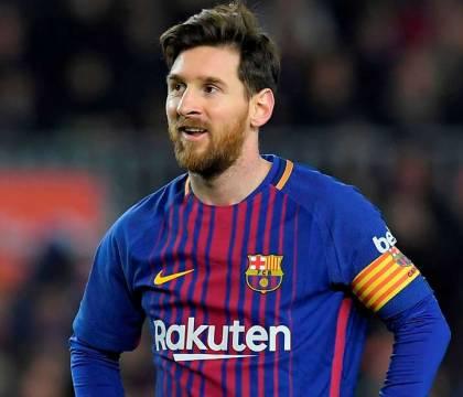 Messi: i giocatori del Barcellona si tagliano lo stipendio d