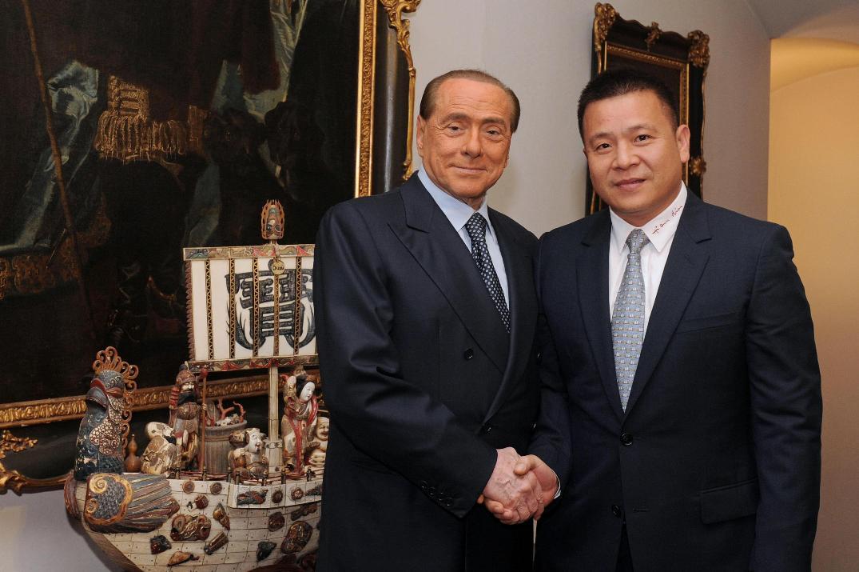 Milan, per la Procura c'è l'ombra del riciclaggio nel passaggio da Fininvest a Li Yonghong