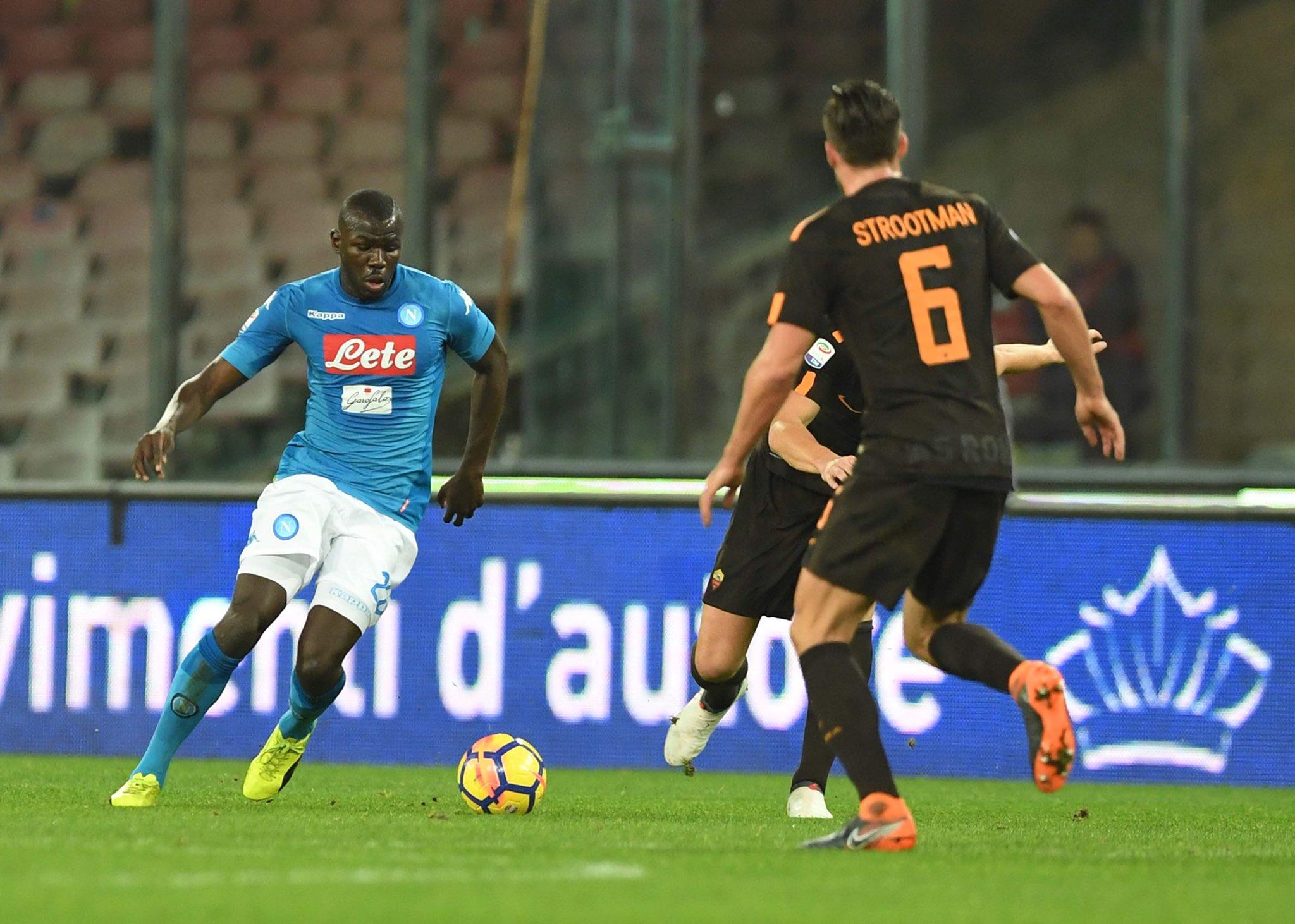 Napoli-Roma 2-4, è la notte degli orrori: vantaggio di Insigne, poi il crollo