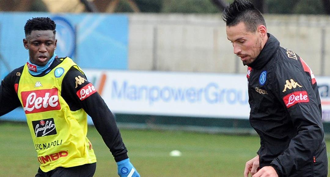 Sassuolo-Napoli, prosegue la preparazione: Hamsik ha lavorato (in parte) con la squadra