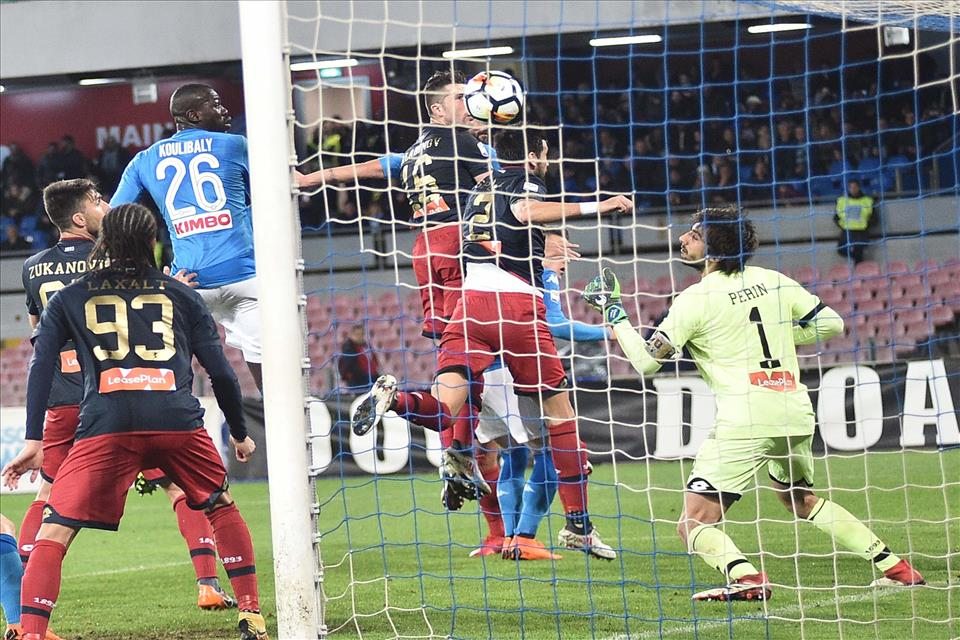 Nove gol del Napoli su palla inattiva, solo la Juve ha fatto meglio