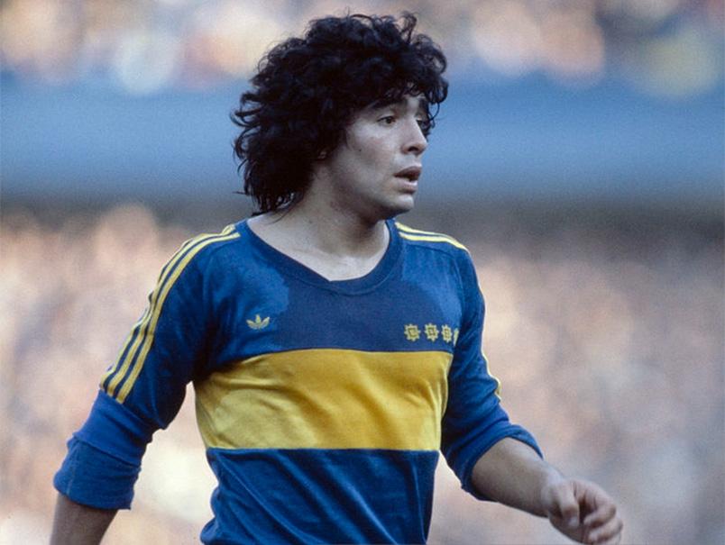 Un giorno all'improvviso, tifai Maradona: giocava ancora in Argentina