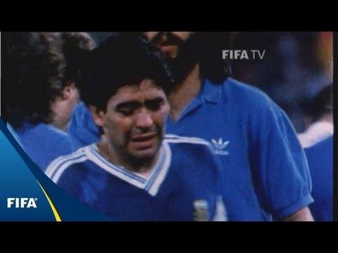 Droga, prostitute e l'ultima partita di Maradona col Napoli: «Qualcuno si sta vendicando»