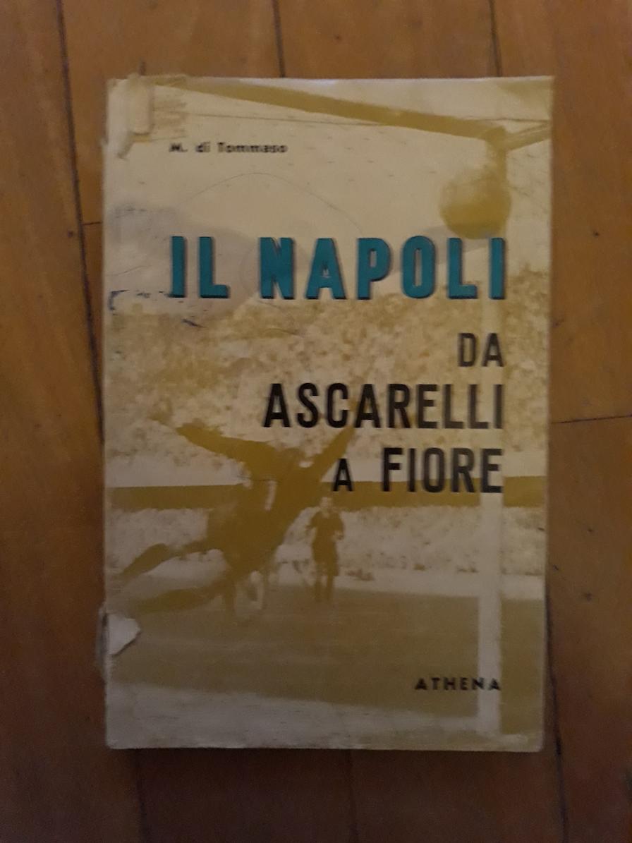 A tre anni e con un libro il mio giorno all'improvviso con il Napoli