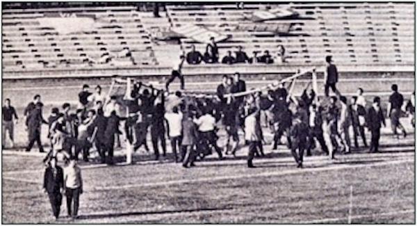 Il mio giorno all'improvviso fu l'invasione di campo in Napoli-Modena