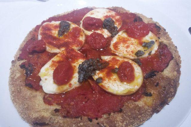 A Cracco i soldi e la fama, a Napoli l'estetica della pizza