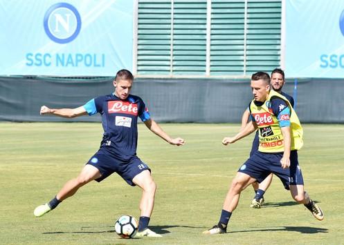 Juventus-Napoli, i convocati di Sarri: non ci sono novità, tutta la rosa a Torino