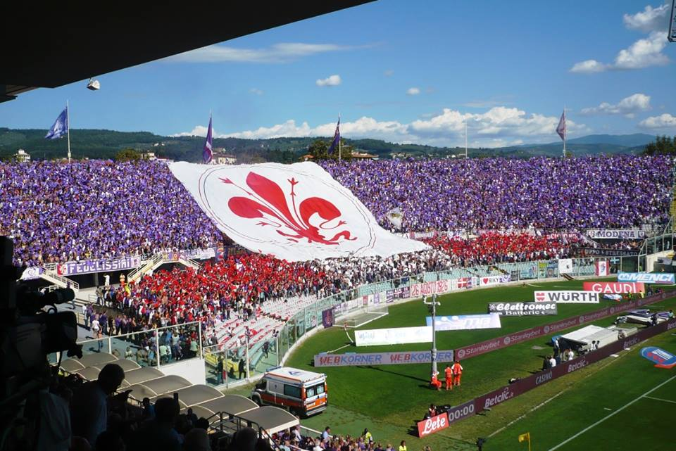 """Fiorentina-Spal, rigore revocato col Var ai ferraresi. La Fiesole canta: """"Insensibile, insensibile"""""""