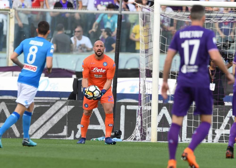 Fiorentina-Napoli 1-0, il primo tempo: l'espulsione cancella un Napoli che non c'è