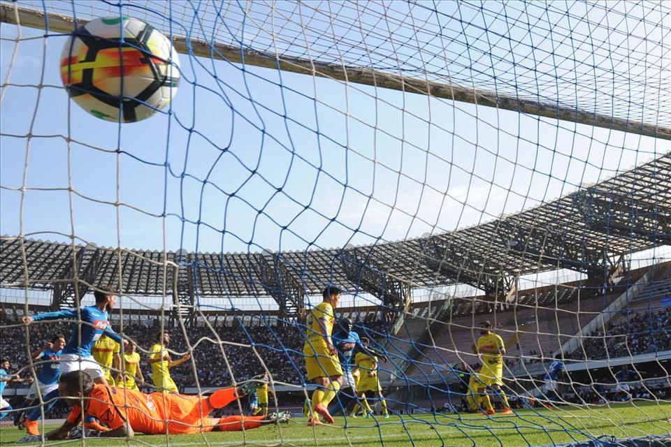 """""""Napoli torna campione"""", e Diawara ha fatto gol: qualcosa di inspiegabile"""