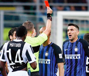 """Tuttosport dà 5 a Orsato: """"grave la reiterata non espulsione di Pjanic"""""""