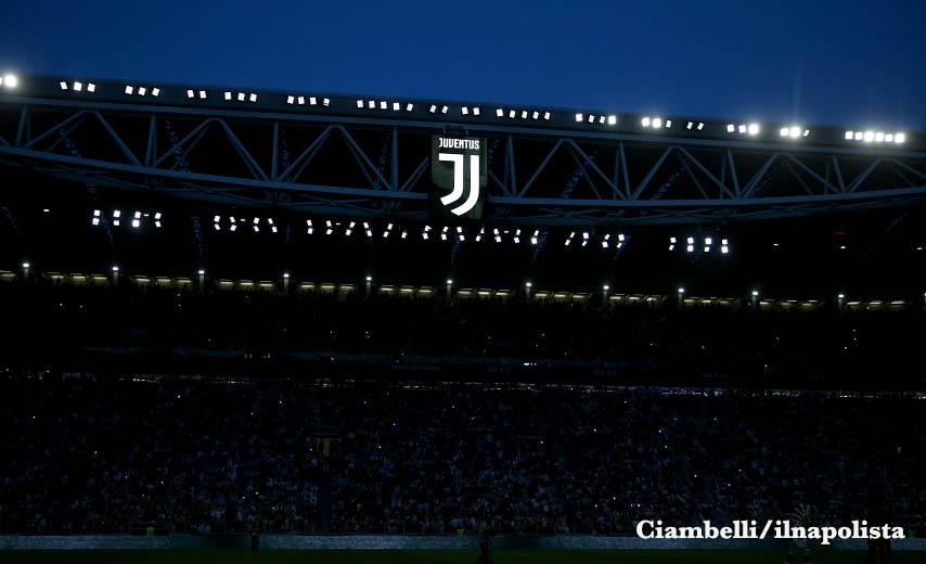 Allo Juventus Stadium il trasporto pubblico non esiste. Si finisce in taxi con il nemico