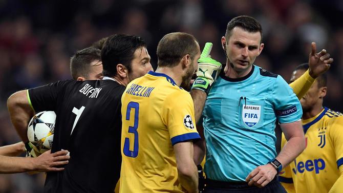 Leggere i giornali e accorgersi che al 93esimo (di Real-Juventus) il regolamento non vale più
