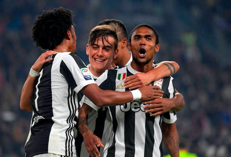Juventus-Napoli, i dubbi di Allegri: chi esce tra Douglas Costa, Dybala e Mandzukic?