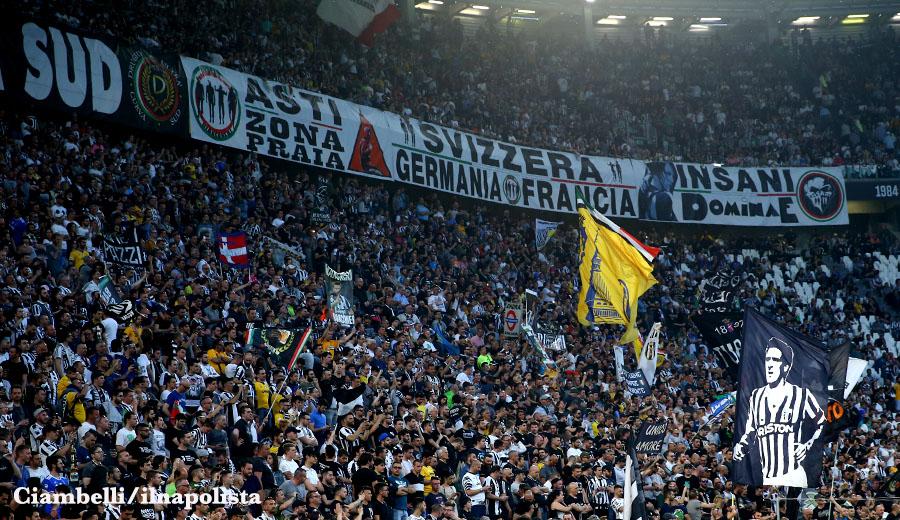 Squalificata la Curva Sud dello Juventus Stadium: cori razzisti contro Napoli e Koulibaly