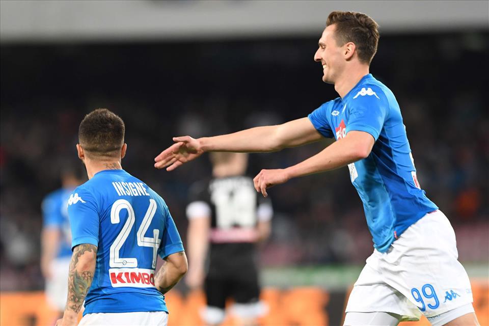 Napoli-Udinese 4-2, pagelle / La notte dei quasi miracoli. Sulle montagne russe del fato