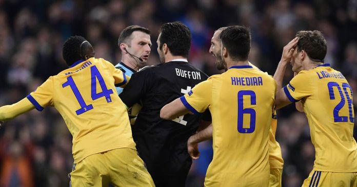 Gazzetta: «Il capolavoro-Juve sfregiato da un rigore beffa (che ci può stare)»
