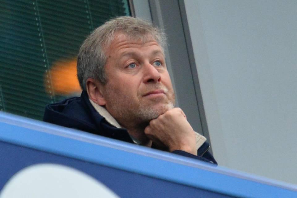 Dall'Inghilterra: Abramovich ancora indeciso su Sarri al Chelsea, sta valutando altri profili