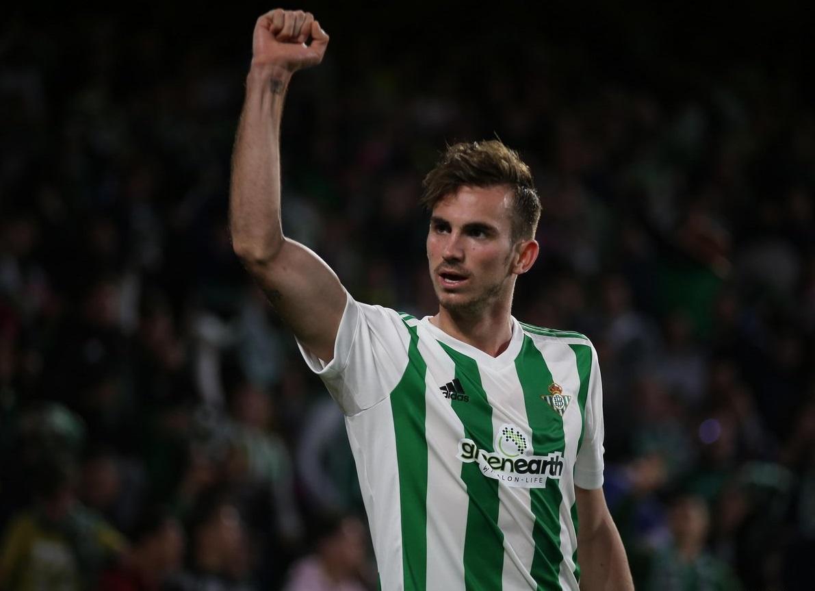 Sky: il Napoli pagherà la clausola per Fabian Ruiz, accordo col Betis e il calciatore