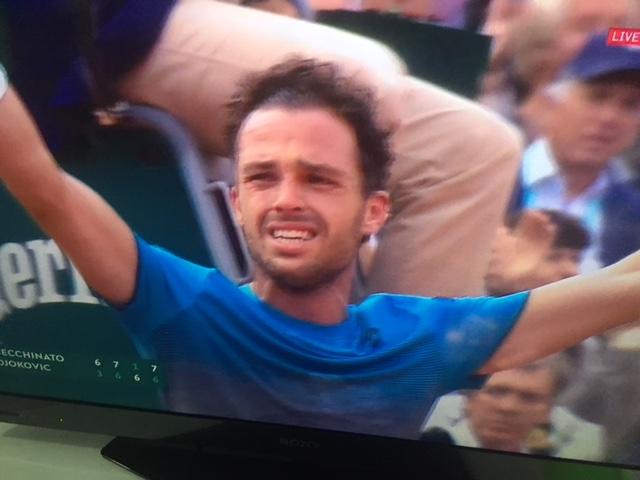 Cecchinato in semifinale al Roland Garros: un tennista italiano che ha forza mentale
