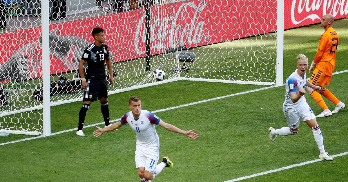 I Mondiali, le critiche ai giganti e i cronisti italiani del tifo