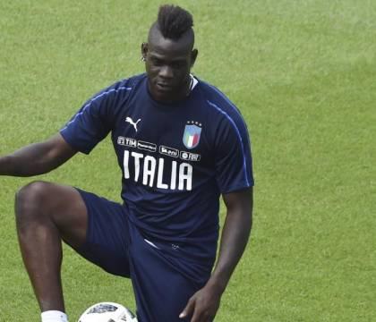 """Gazzetta: Balotelli, dopo il ricatto """"hot"""", spunta una denun"""