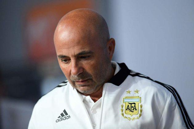 Il cambio di Aguero e Sampaoli commissariato da Messi
