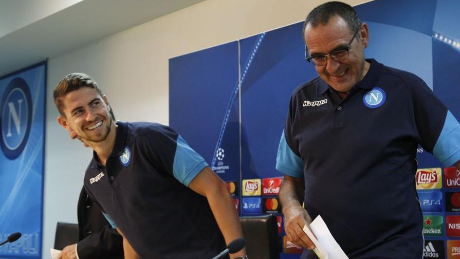Sarri ha firmato con il Chelsea, stasera anche Jorginho sarà ufficialmente dei Blues