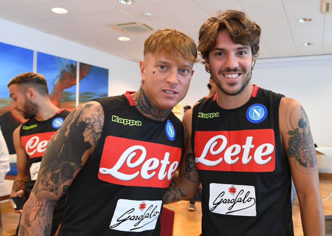 Il raduno del Napoli sul Lungomare: i test atletici e domani la partenza per Dimaro