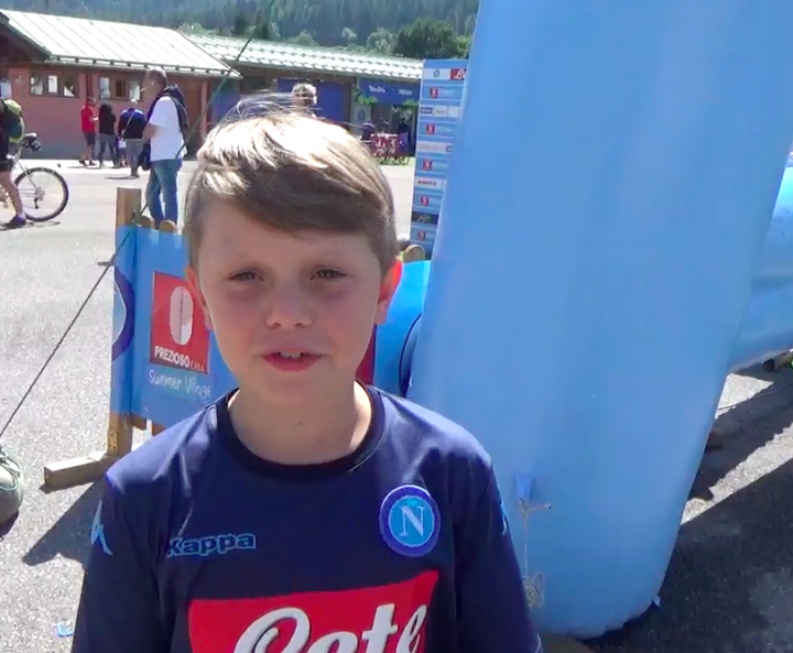 VIDEO - La dura vita di un tifoso azzurro in una famiglia di Juventini