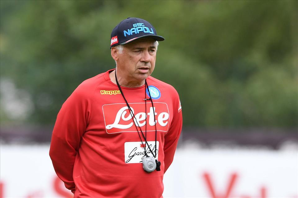 """La Gazzetta: """"Dimenticare Sarri, con Ancelotti sta nascendo un altro grande Napoli"""""""