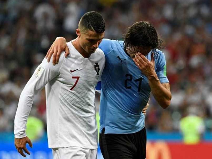 È quasi certa l'assenza di Cavani per Francia-Uruguay: probabile rottura fibrillare