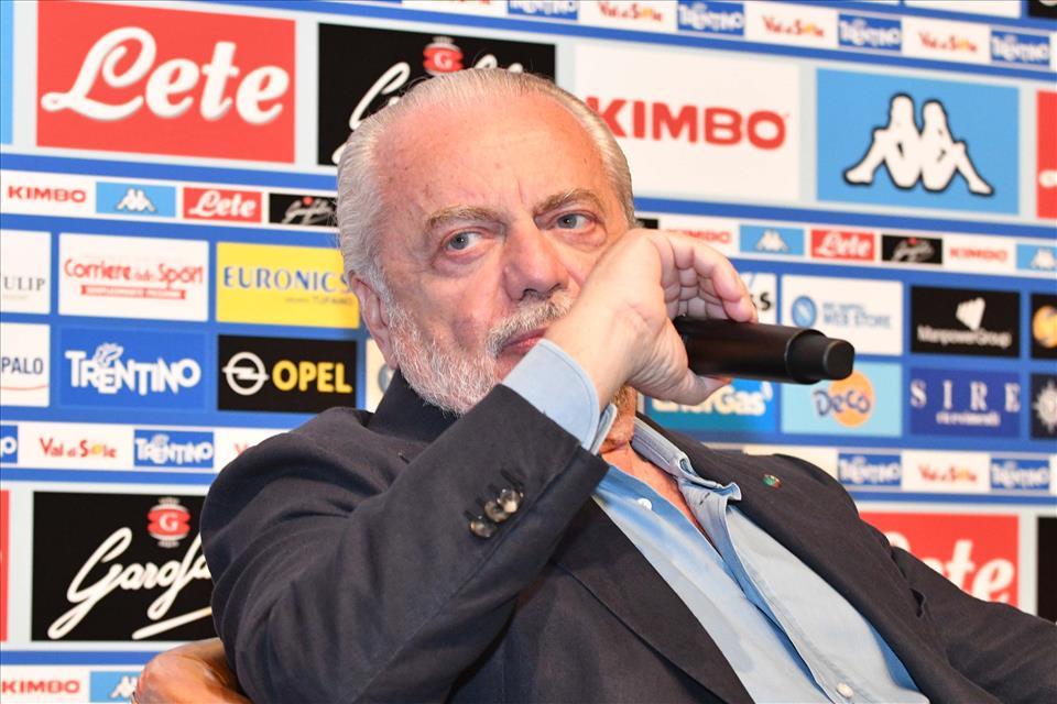 """De Laurentiis: """"Sarri è un uomo da stadio. Ancelotti è un aziendalista"""""""