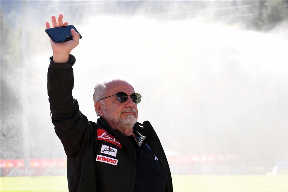 Bari-Napoli, De Laurentiis è l'alta velocità del calcio del Sud e dà uno schiaffo politico al sistema