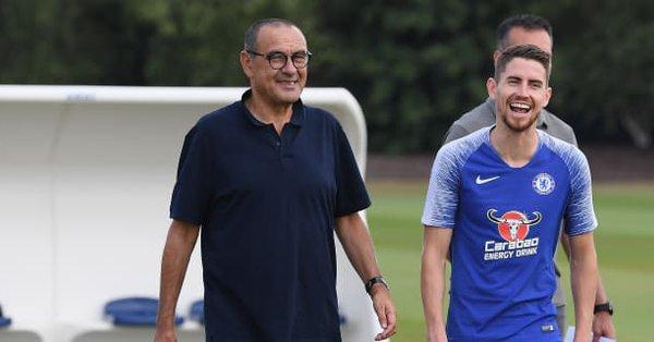 Jorginho al Guardian: «Non sono l'uomo di Sarri, mi rimprovera quando sbaglio»