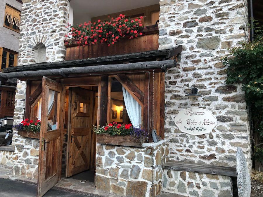 Al ristorante La vecchia macina, tra le delizie trentine di Michele e i racconti su Beccalossi