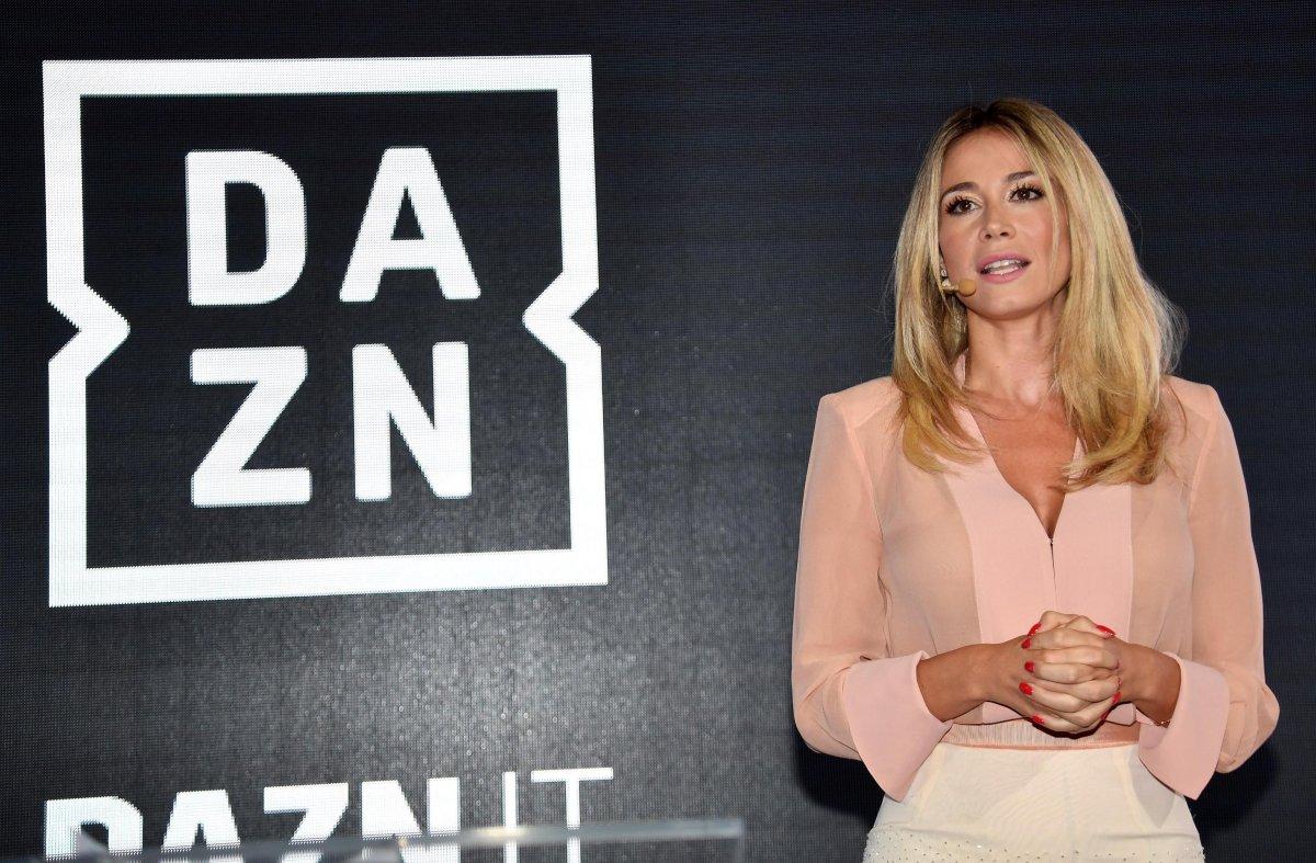 Dazn, svelati volti e palinsesto: Pardo commenterà la Serie A, ci saranno Liga e Ligue 1