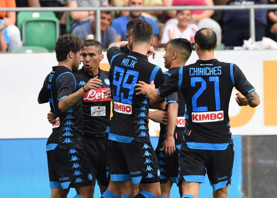 Borussia Napoli 0-2, il primo tempo: Milik e Maksimovic scacciano i fantasmi