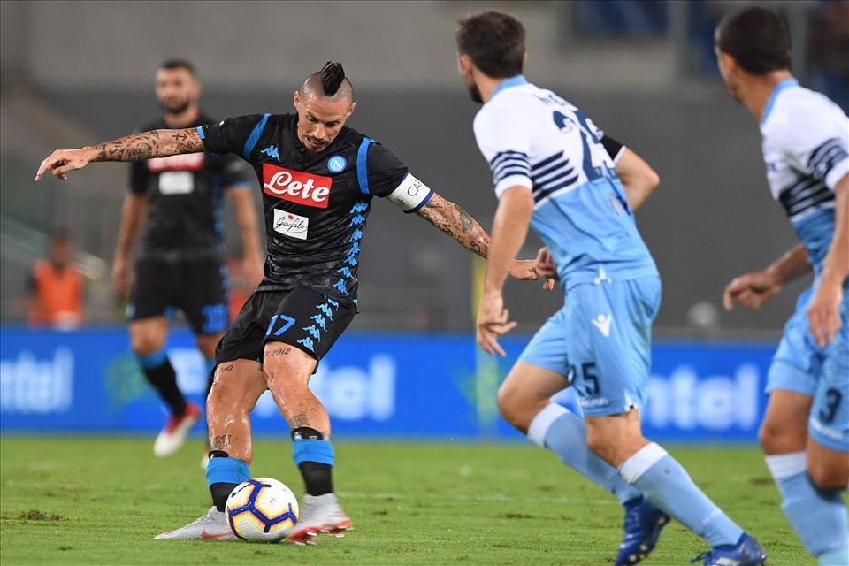 L'analisi della Gazzetta: «Napoli italiano, gioco meno fluido: Ancelotti cerca ancora la sua identità»