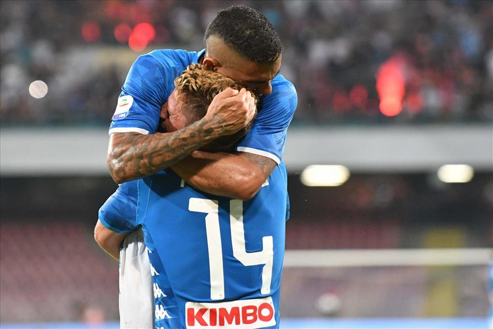 Napoli-Milan 3-2, pagelle / Ancelotti è la pacata saggezza che corregge il passato da salvare