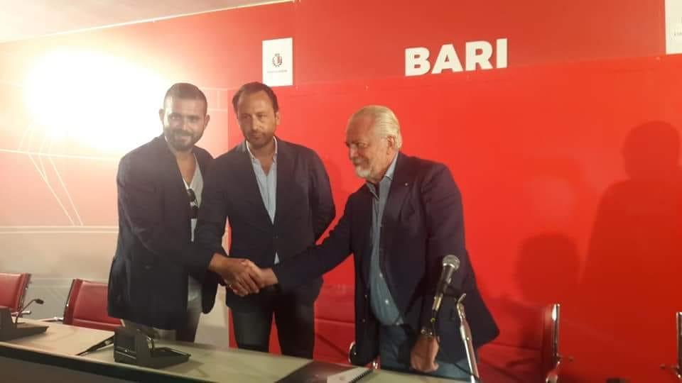 De Laurentiis a Bari: «Il San Nicola vale 100 volte il San Paolo. Magari a Napoli avessimo il sindaco Decaro»
