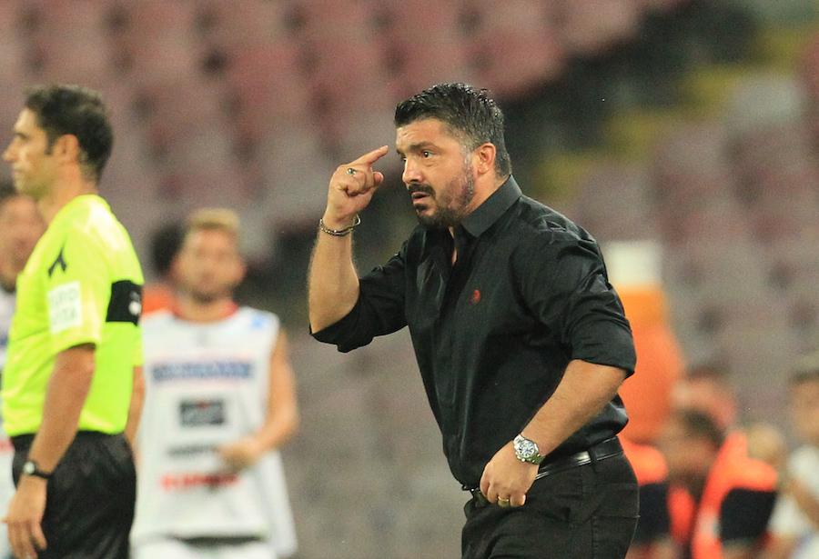 Gattuso: «I calciatori smanettino meno sugli smartphone e si allenino di più»