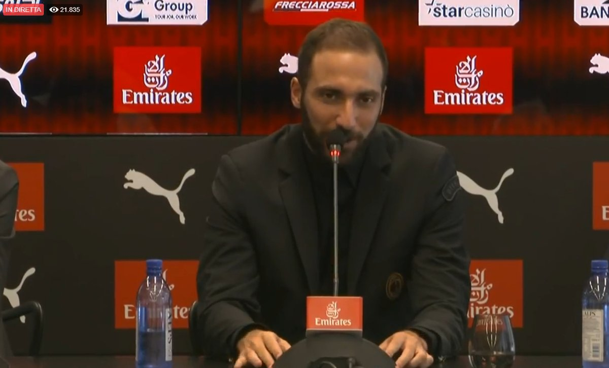Higuain: «La Juventus ha deciso. Al Chelsea mi voleva solo Sarri, al Milan tutti»
