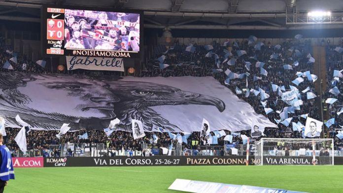 """Lazio-Napoli, ecco le pedane per i capi-ultras: due """"lanciatori di cori"""" per ogni palco"""