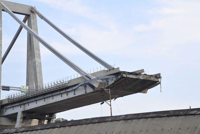 I tecnici Spea accusano Autostrade di aver fatto pressioni per modificare i report