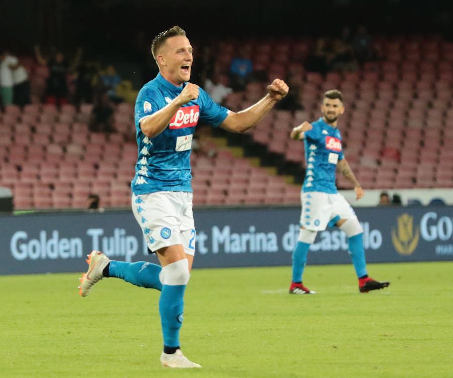 Il Napoli delle rimonte batte anche il Milan, Ancelotti legge le partite come pochi