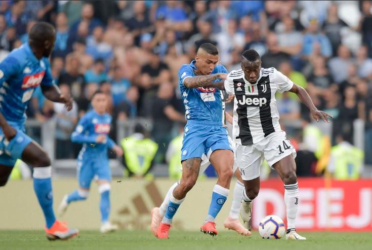 Juventus-Napoli 1-1, il primo tempo: Mandzukic risponde a Mertens, pari anche ai punti