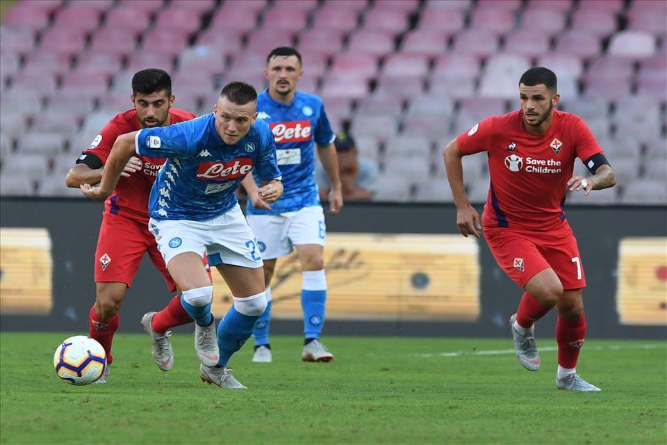 Zielinski il giocatore anti-sistema che Ancelotti ha piazzato al centro del Napoli