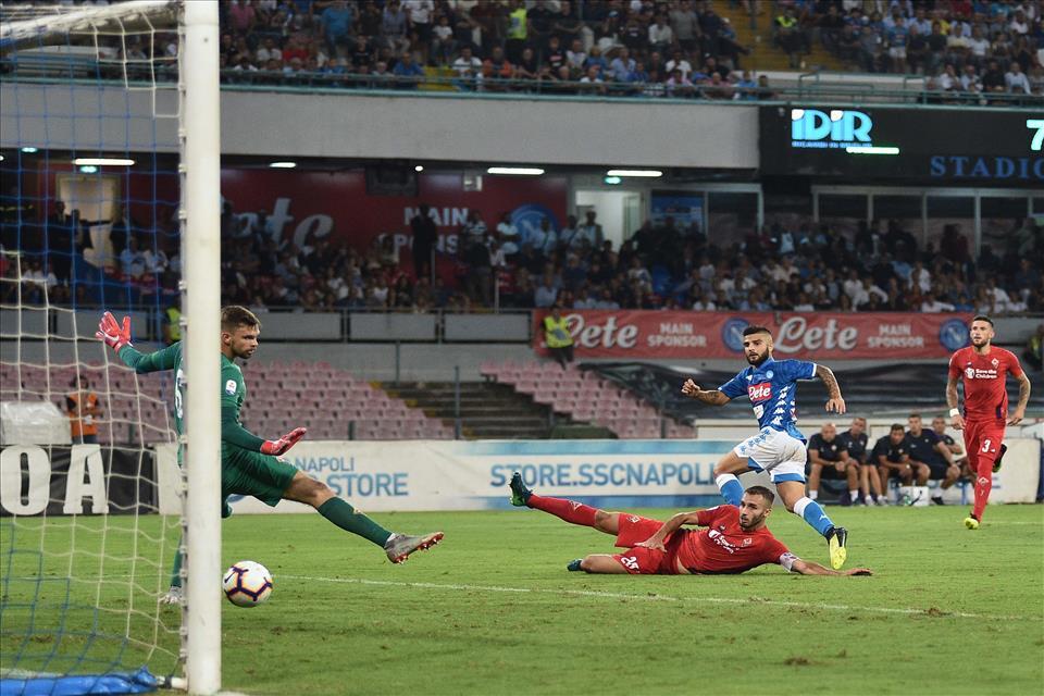 Napoli-Fiorentina 1-0, pagelle / Sostanza e punti. Il Napoli è come un rettile che cambia pelle