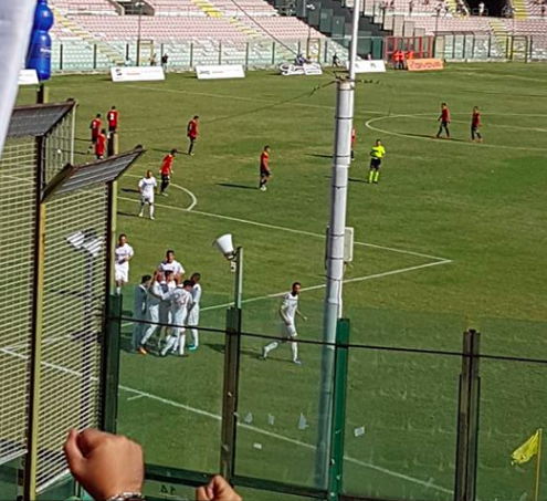 La Bari di De Laurentiis comincia con una vittoria: 3-0 a Messina
